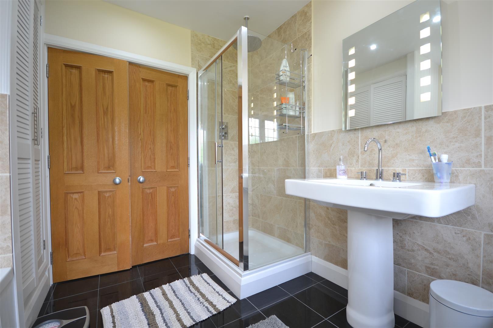 bathroom 2 alt.JPG